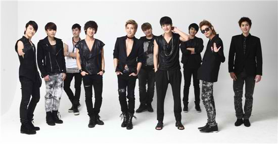 http://1e3e.files.wordpress.com/2011/06/super-junior-bonamana-picture.jpg