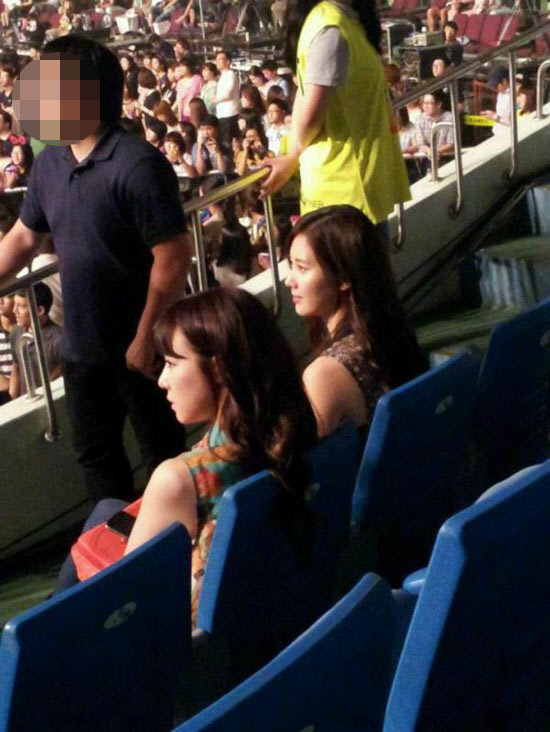 Tiffany و Seohyun من SNSD يذهبون إلى حفل Wonder Girls .!!!  20120707_tiffanyseohyun_wondergirls
