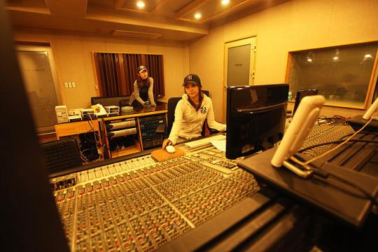 Kpop Studio Record-1-540x360